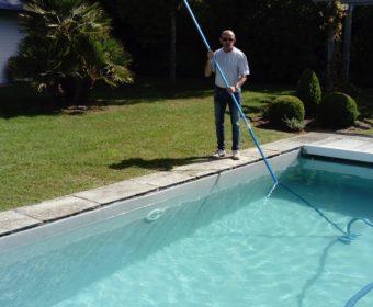 pascal toquet specialiste du depannage et entretien de piscine enterree et spa. Black Bedroom Furniture Sets. Home Design Ideas